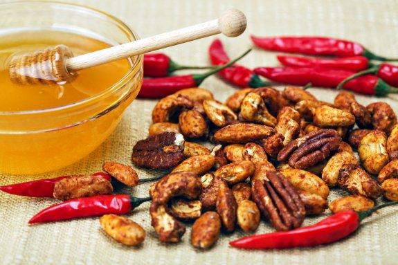 pecene orechy s chilli janova pec