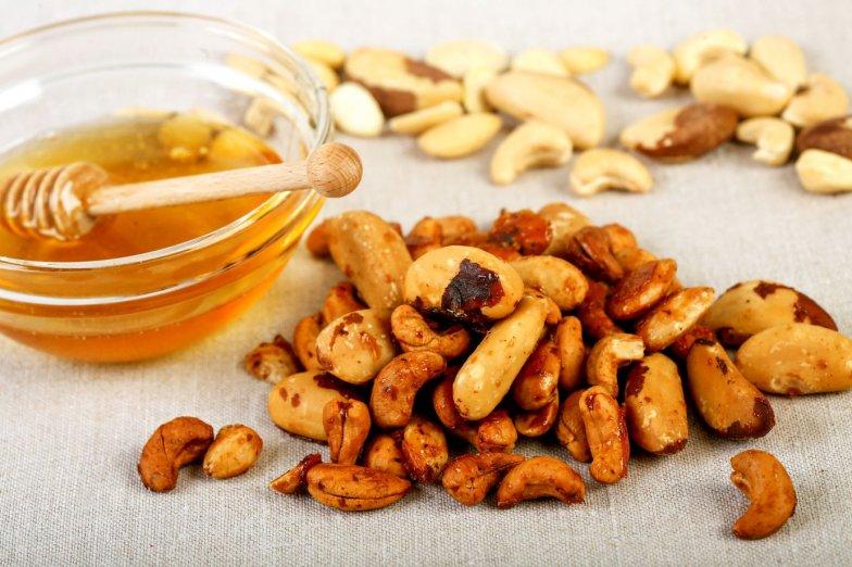 Pečené ořechy s medem bezobal